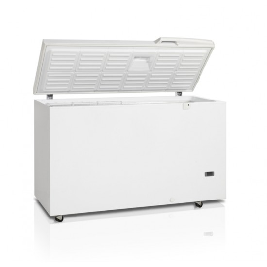 Medical coolers and laboratory freezers